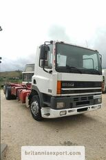 DAF CF85 380 left hand drive manual pump 6X2 26 ton 637422 Km! camión chasis