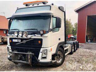 VOLVO FM 440-37 8x4 / Tridem camión con gancho