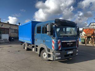 MAN TGL 8.220 camión toldo